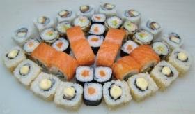 Доставка продукта суши и роллы